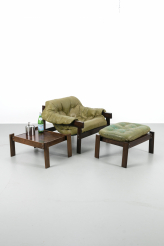 Butaca MP041 Percival Lafer lounge fauteuil met 2 hockers cq tafeltjes